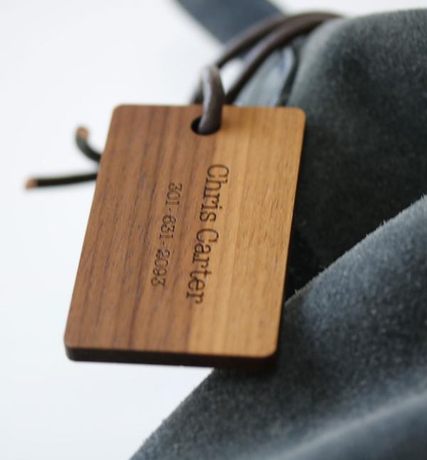 word cloud luggage tag